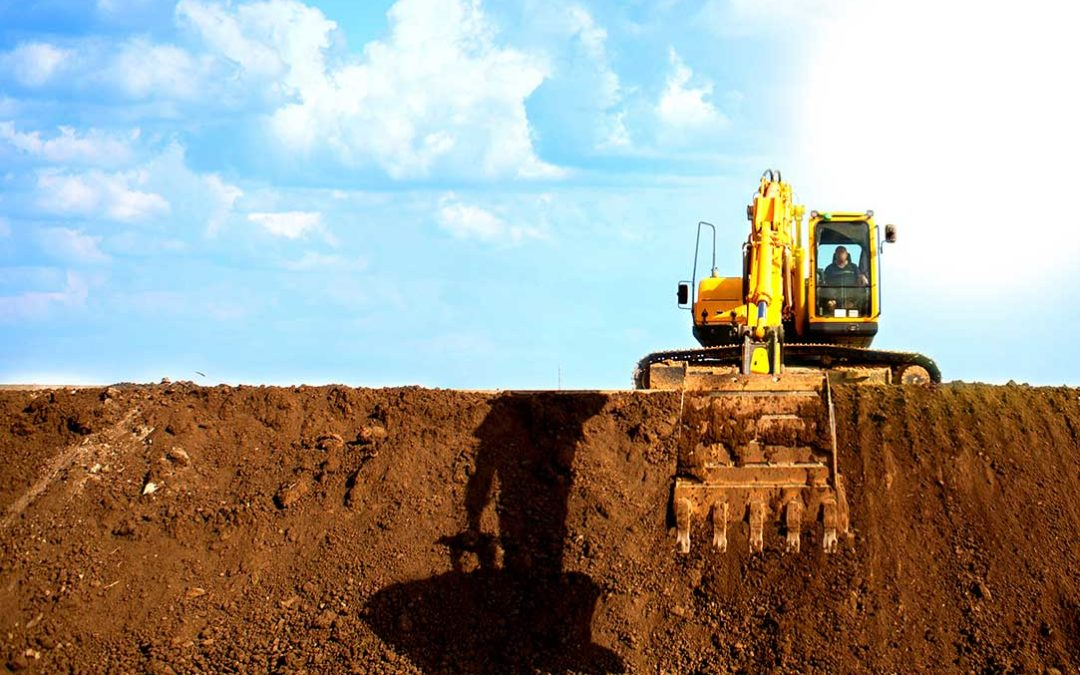 Difference Between Backhoes and Excavators